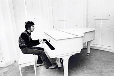 big_lennon_at_white_piano