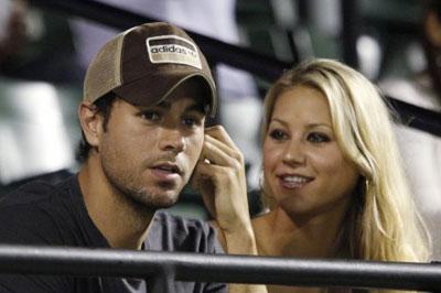 Энрике Иглесиас заявил, что не желает жениться на Анне Курниковой