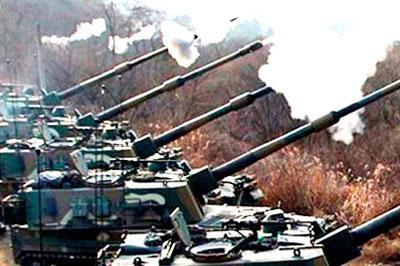 КНДР начала боевые учения вблизи Южной Кореи