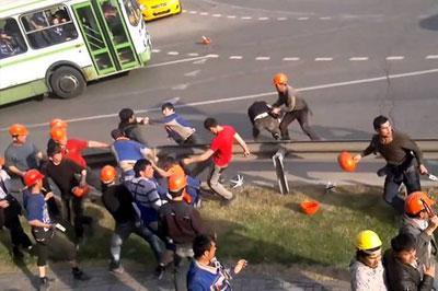 Из-за драки на стройке в Москве задержано 450 иммигрантов