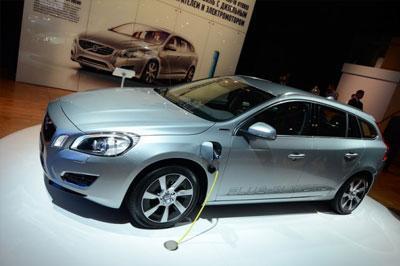 В России стартуют продажи гибридного «Volvo V60 Plug-in Hybrid»