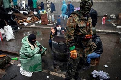 Ночью со стороны Донецкого аэропорта были слышны взрывы