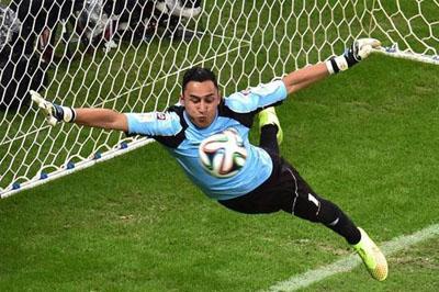 Сборная Голландии вышла в полуфинал ЧМ-2014 обыграв Коста-Рику