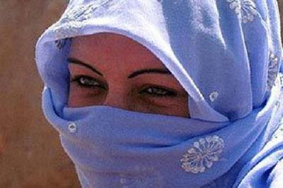 В Турции призвали женщин вести себя скромней