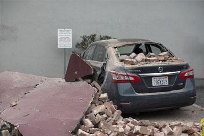 172 человека пострадали в результате землетрясения в Калифорнии