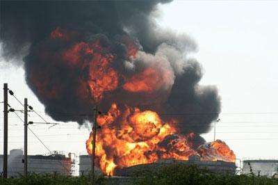 На заводе «British Petroleum» в США прогремел взрыв