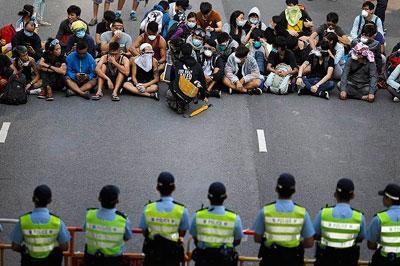В Гонконге произошли массовые столкновения