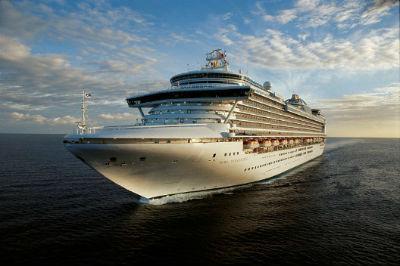 2012-12-24_02_Crown-Princess-Cruise-Ship