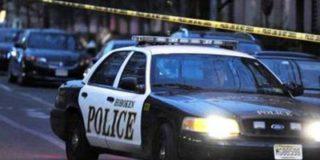 Арестованная женщина угнала полицейский автомобиль в наручниках