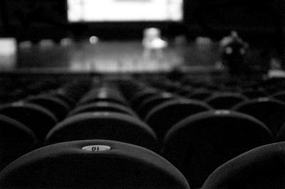 0122_theatre_etiquette