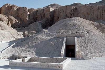 Grobnica-Tutanhamona-smotret