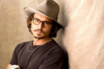 Men_Male_Celebrity_Johnny_Depp_a_hat_026588_29