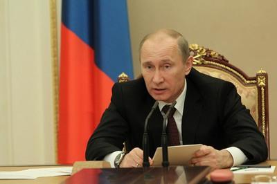 1355997323_Putin-ekonomika-Rossii-rabotaet-horosho