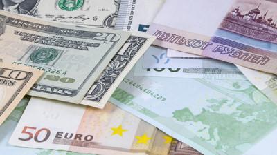 В Башкирии 81-летний пенсионер украл у своей 56-летней подруги миллион рублей
