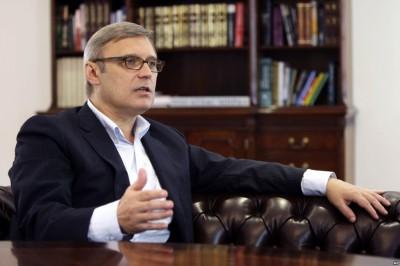 Касьянова неизвестные закидали тортом