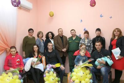 Готовь сани летом: в Крыму младенцы получили повестки в военкомат