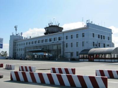 Сообщение о взрывчатке сорвало несколько рейсов в Южно-Сахалинском аэропорту