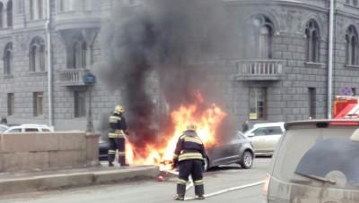 В Санкт-Петербурге подожгли автомобиль Матильды Шнуровой