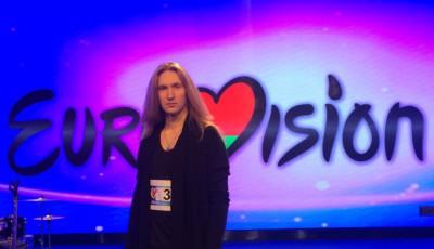 Александр Иванов появится на Евровидении голым в команде двух волков