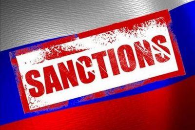 """Москва прокомментировала введение """"антипутинских"""" санкций"""