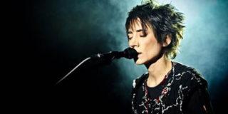 Земфира не позволила своим украинским фанатам политизировать концерт