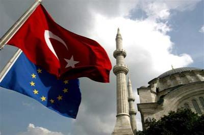 EC пока небудет предоставлять Турции безвизовый режим— Шульц
