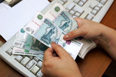 На поправке к закону о повышении минимальной заработной платы свою резолюцию поставил президент
