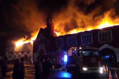 Ночью на Кутузовском проспекте горело здание бывшего пивзавода