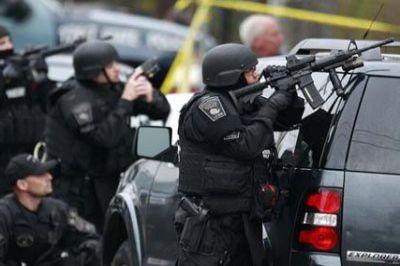 Трое, стрелявшие с крыш по полицейским, задержаны
