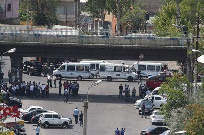 В захваченном здании полиции в Ереване заложников больше не осталось
