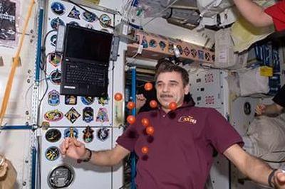 Во время полетов у космонавтов притупляется чувство боли