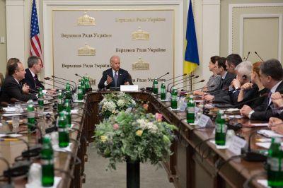 Со слов Байдена стало известно, почем независимая Украина продавала своих чиновников