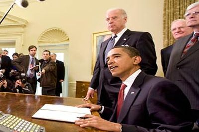 Вводя новые санкции Белый дом все больше отрывается от реальности