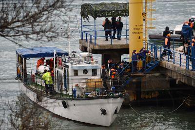 Выдвинуты версии трагического падения Ту154, причем ФСБ отрицает подготовку диверсии на борту лайнера