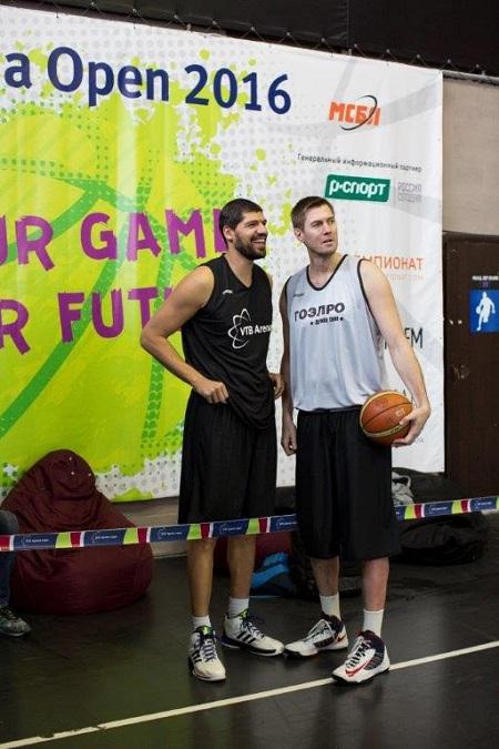 """Международная Cтуденческая Баскетбольная Лига (МСБЛ) уже в пятый раз организуют традиционный стритбольный турнир """"VTB Arena Open"""""""