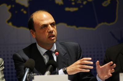 В Италии санкции сравнили с платежами за комуналку, когда платит один, а пользуется другой