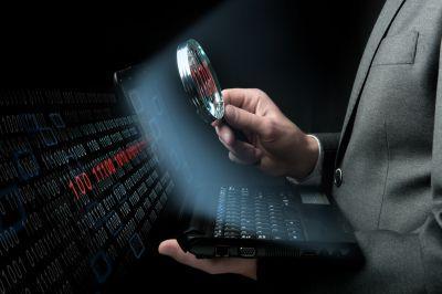 Макафи – специалист по антивирусным программам, уверен, что хакер-одночка устроил атаку на сервер Демократической партии