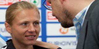 Степанова счастлива, что от России ее отделяет океан