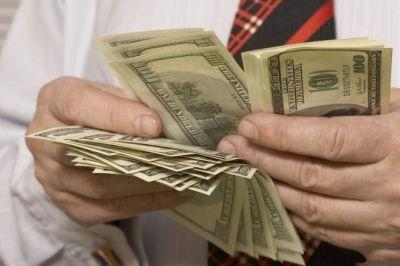 Финансовые средства через ФССП уплывают за рубеж – новая схема вывоза денег
