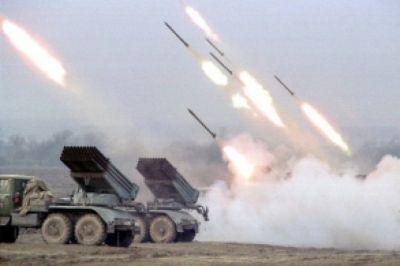 Ночь в Донецком регионе прошла под минометными обстрелами и ударами тяжелой артиллерии