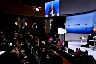 Лавров предупредил ЕС, что санкции Россия снимет только после реализации Минских соглашений