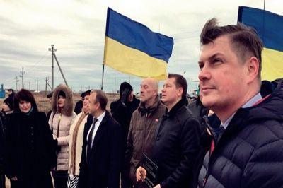 """Строительство вышки на Чонгаре завершено - """"Украинское радио"""" услышат в Крыму"""
