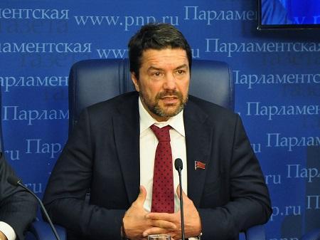 руководитель Экспертного совета Baku Network Эльхан Алескеров