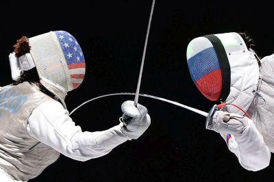 Жириновский снова готов поднять бокалы за президента США, только теперь за его отставку