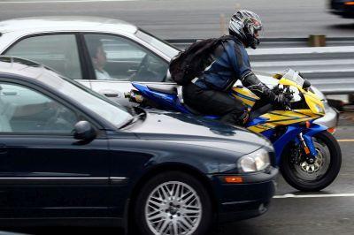 Новые правила дорожного движения наделят мотоциклистов дополнительными преимуществами на дорогах