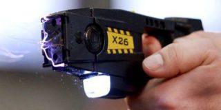 В Думу внесен проект закона о применении электрошокеров сотрудниками безопасности на транспорте