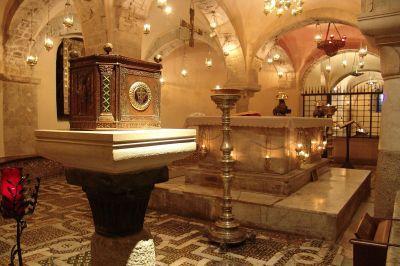 Мощи Николая Чудотворца впервые занесли в российский храм