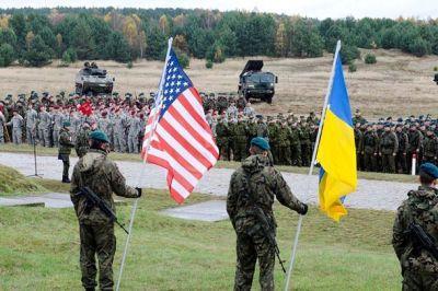 """В Конгрессе выделят деньги Украине с условием, что они не уйдут на укрепление """"Азова"""""""