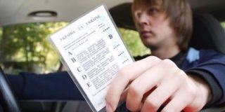 Все водители, работающие в России, должны иметь российские удостоверения