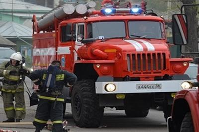 МЧС Москвы просит москвичей объезжать квартал, где находится здание Киевского вокзала